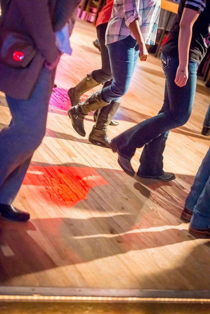 people-line-dancing